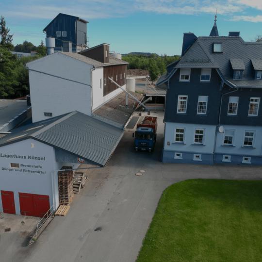 http://lagerhaus-kuenzel.de/wp-content/uploads/2017/08/lagerhaus_kuenzel_front-min-540x540.png