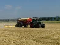 http://lagerhaus-kuenzel.de/wp-content/uploads/2017/08/traktor.jpg
